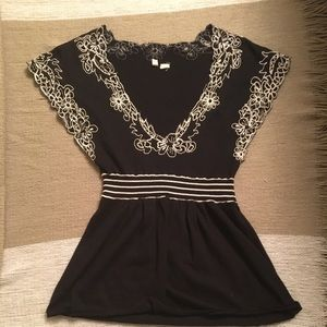 Lacey black blouse